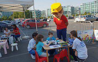 ДРУЖЕЊЕ СА НАЈМЛАЂИМ УЧЕСНИЦИМА У САОБРАЋАЈУ | Agencija za bezbednost saobraćaja