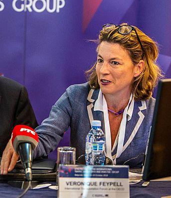 Похвале Иртад Групе Агенцији за безбедност саобраћаја, поводом организованог састанка, у Београду