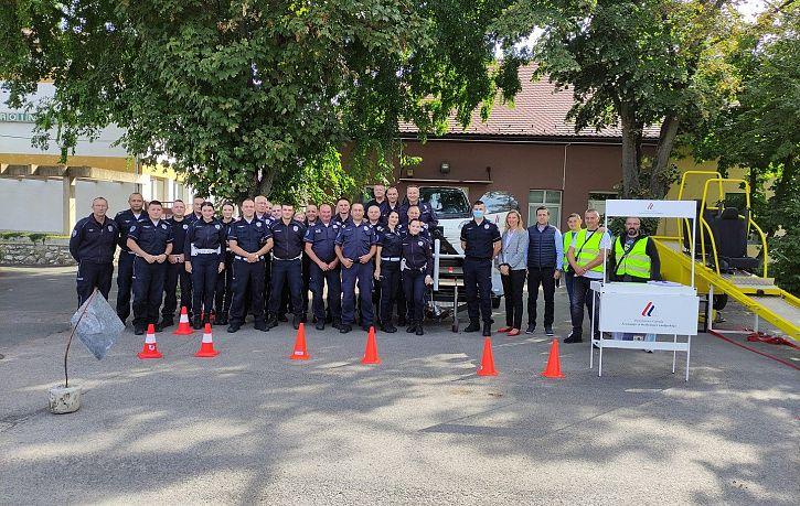 Обука припадника Саобраћајне полиције ПУ Сомбор, Суботица и Кикинда о значају коришћења безбедносног седишта и сигурносног појаса | Agencija za bezbednost saobraćaja