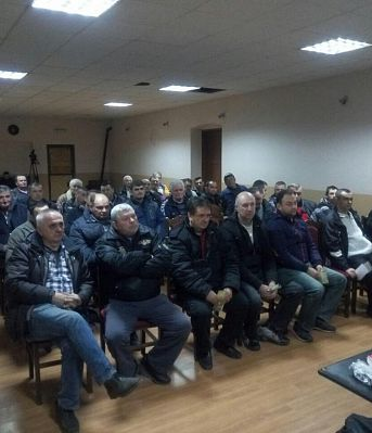 EDUCATION MEETEINGS  WITH TRACTOR  AND AGRICULTURAL MACHINE DRIVERS IN URBAN AREAS OF VRSAC TOWN